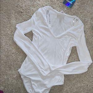 NWT white ribbed vneck bodysuit